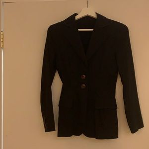 Black blazer with brown 2 bottoms and pockets
